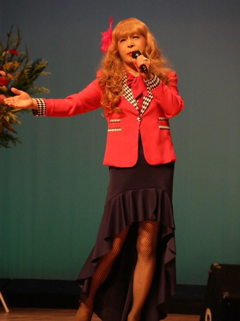 ピンクジャケットマーメイドスカート舞台C(2)