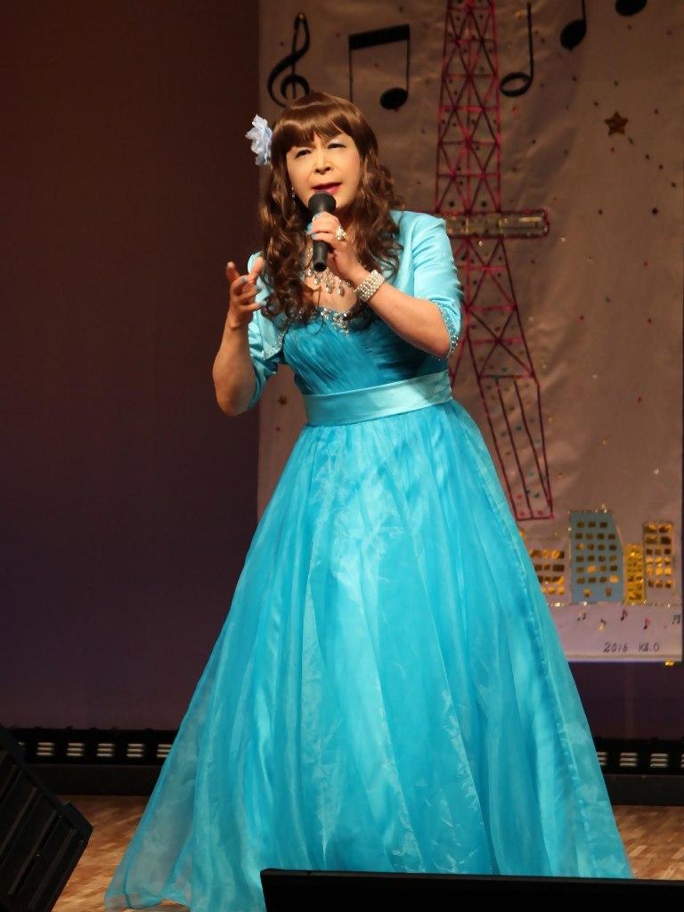 水色ドレス舞台(1)