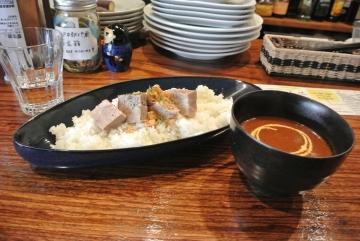 厚切り煮豚カレー
