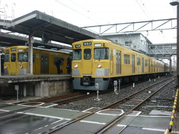 2015-03-01 西武2403F_2011F 2407F_2013F