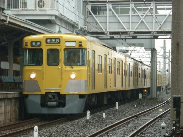 2015-03-01 西武2403F_2011F 各停新所沢行き 5809レ