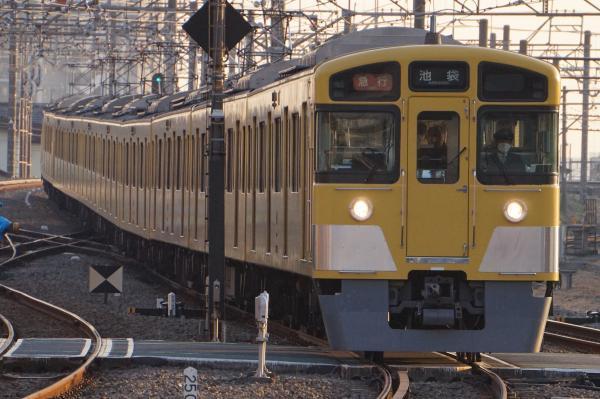 2016-12-20 西武2463F_2063F 急行池袋行き 2156レ