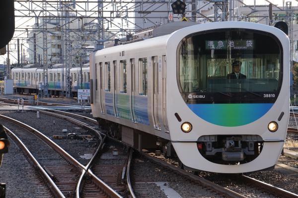 2016-12-24 西武38110F 準急池袋行き 4312レ
