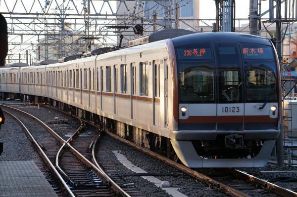 2016-12-28 メトロ10123F 各停新木場行き 6532レ