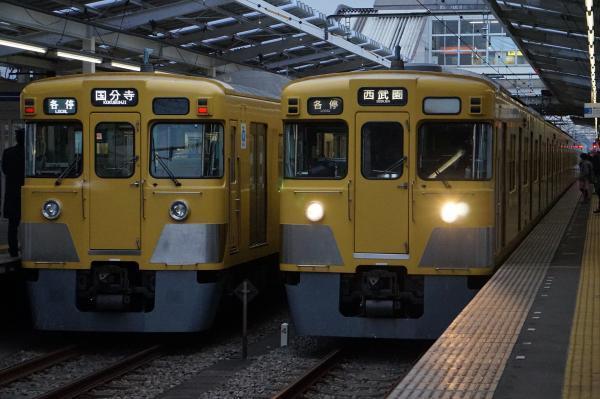 2017-01-20 西武2033F 2015F