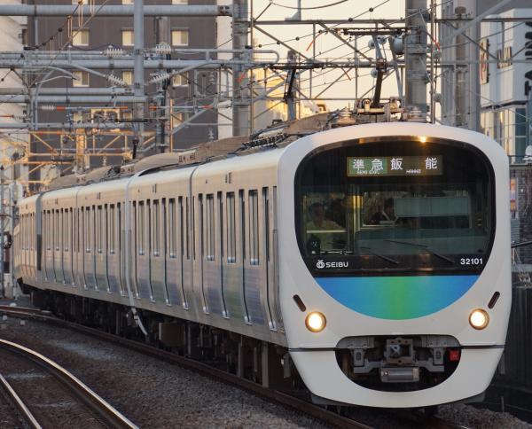 2017-02-04 西武32101F_38103F 準急飯能行き 4147レ