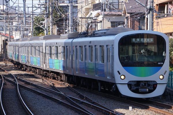 2017-02-04 西武38116F 各停西武新宿行き 5816レ
