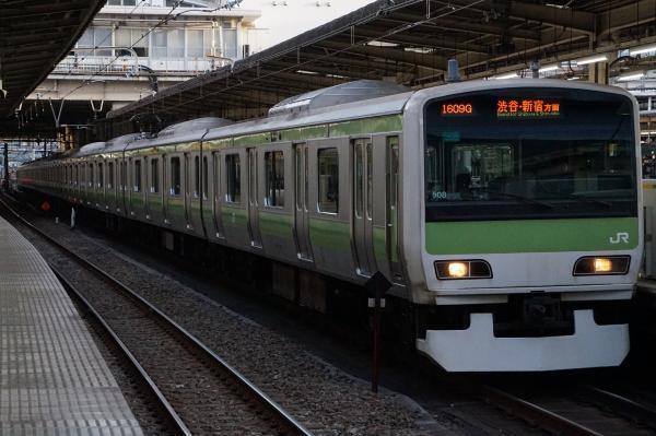 2017-02-07 山手線E231系トウ508編成 渋谷・新宿方面行き