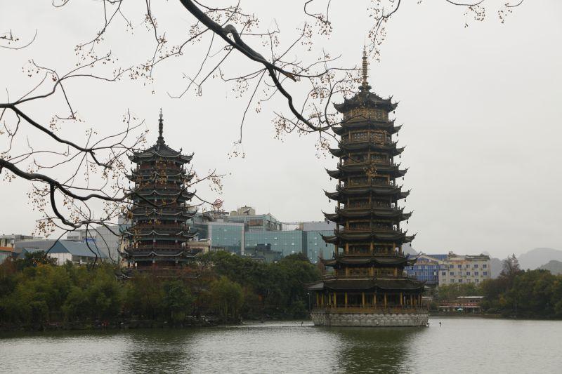 桂林市标志性双塔
