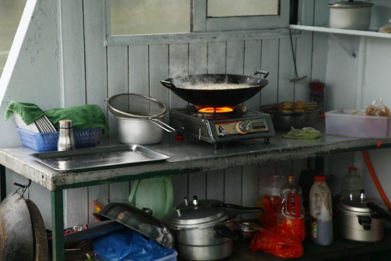 船上キッチン