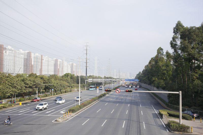 中国道広すぎ