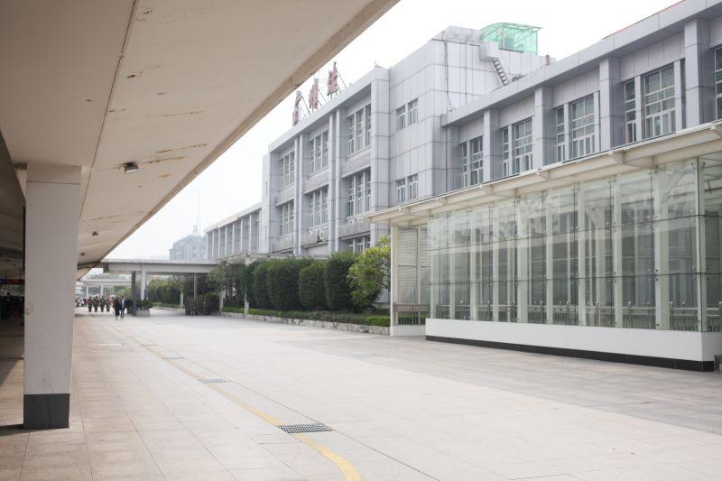 広州駅ホーム