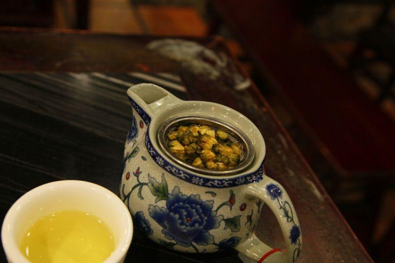 飲茶の菊花茶