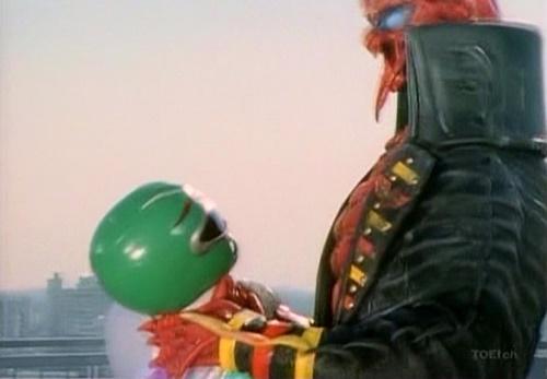 戦隊 ヒーロー ギンガマン ギンガグリーン やられ ピンチ エネルギー吸収