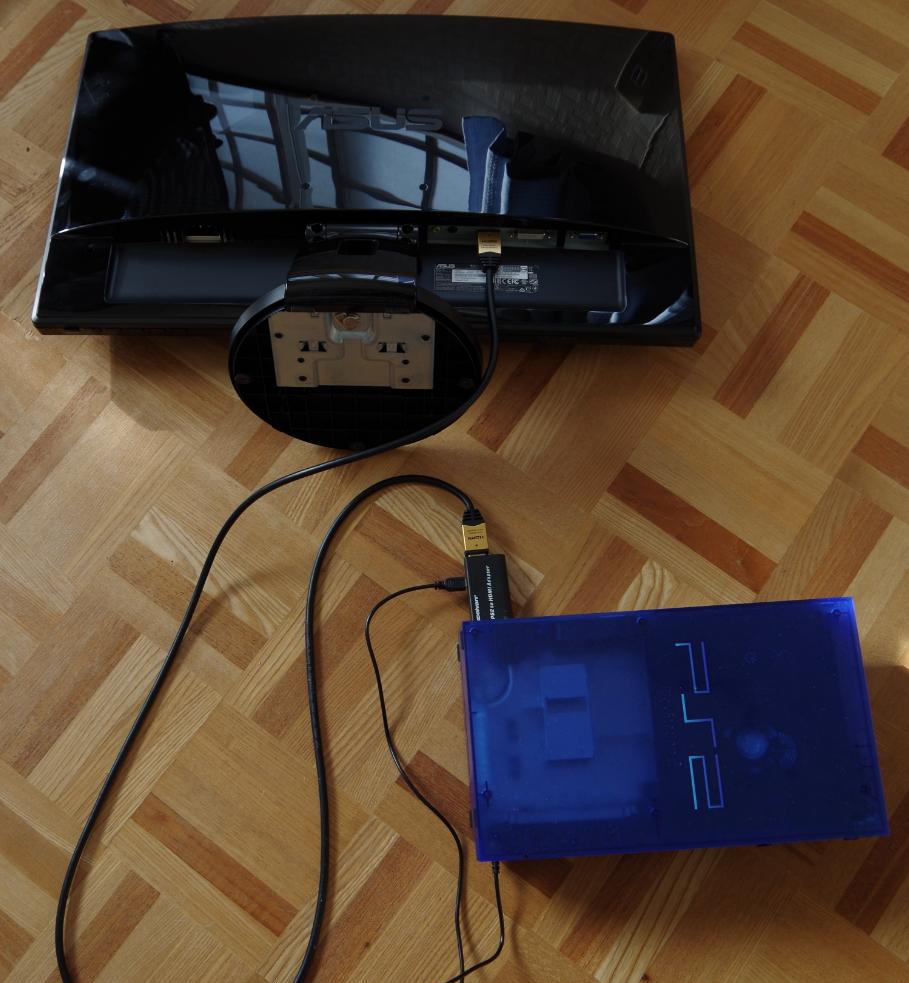 PCモニターとPS2、接続完了。