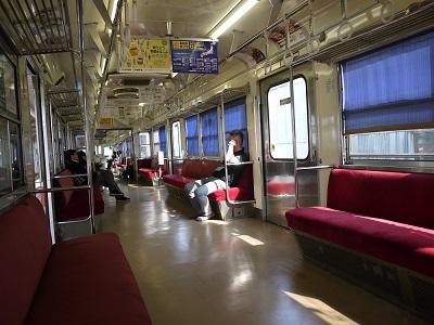 12金沢行き車内400