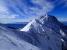 中岳・阿弥陀岳を右手に見ながら登っていく。