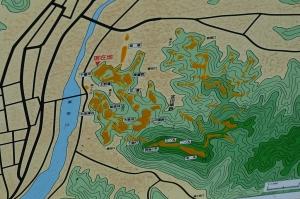 月山富田城 図