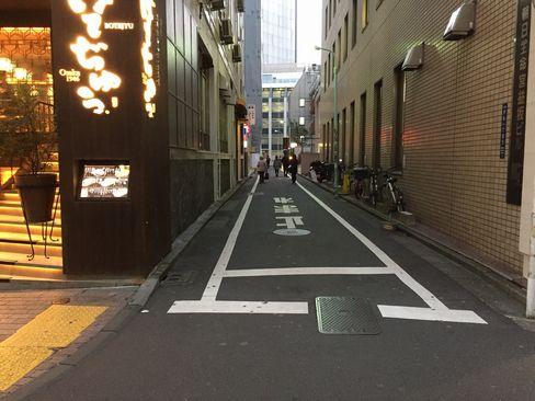 渋谷・宮益坂・ラケルの横道_H29.01.13撮影