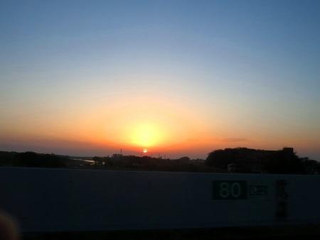 IMG_9252朝日が昇ってきた