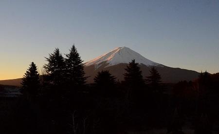 265朝日を受ける富士山