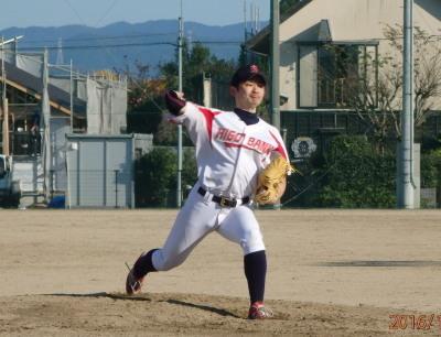 PC1150866回裏からリリーフした肥後銀行村岡投手