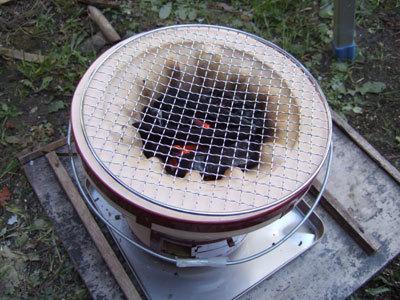 団扇忘れてると火がつかないので注意。