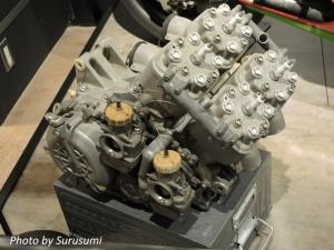 カワサキ KR500 エンジン
