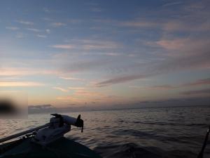 P2050001 凪の海にレリゴー