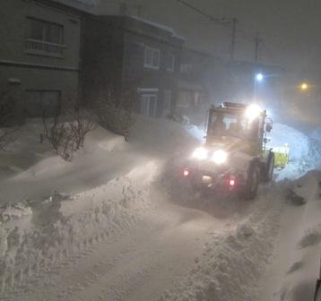 真夜中の除雪