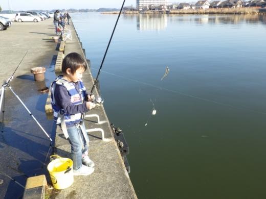 土浦港でワカサギ釣り (24)