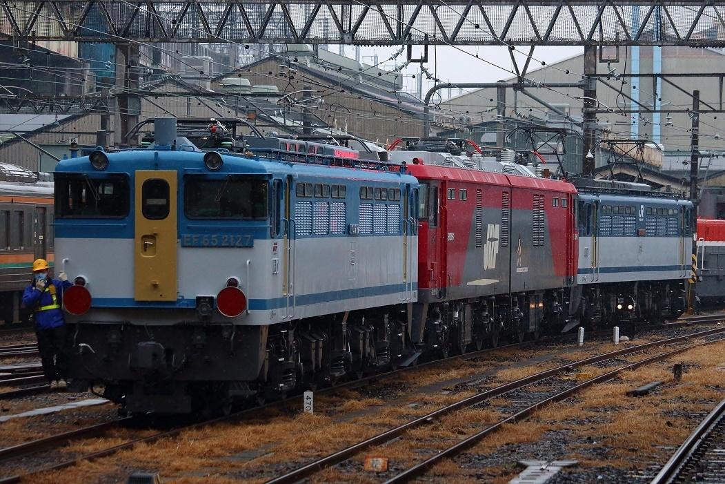 線路はつづくよどこまでも EF65-2127 OM出場