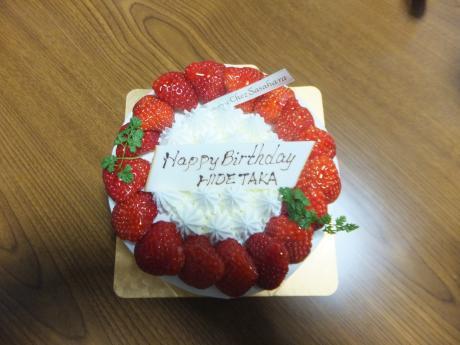 息子の誕生日ケーキ。。。