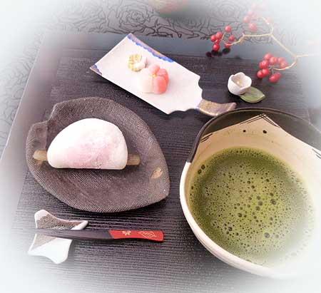 お抹茶・花びら餅1