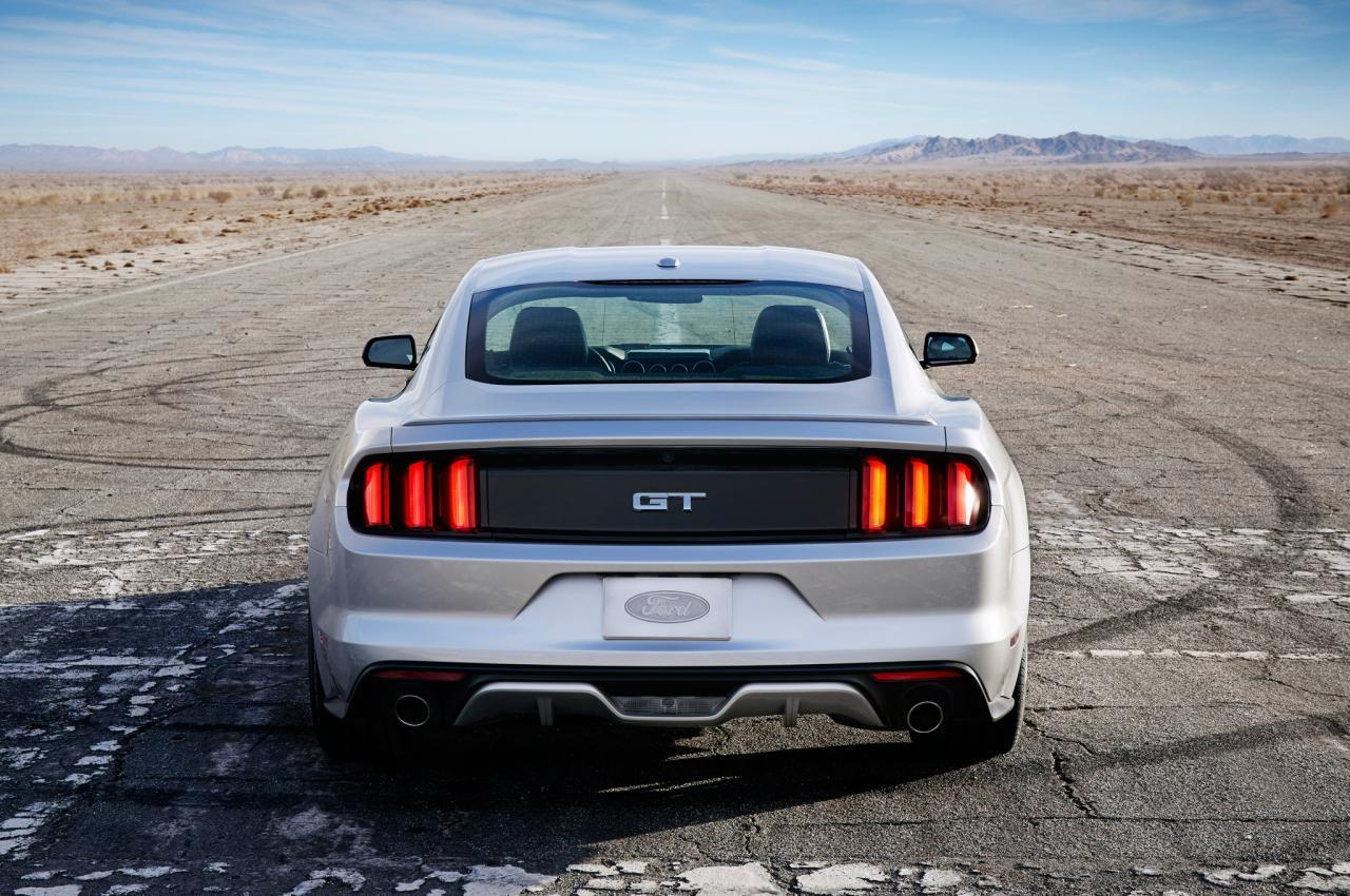 2015-Ford-Mustang-rear-end_convert_20170205022944.jpg