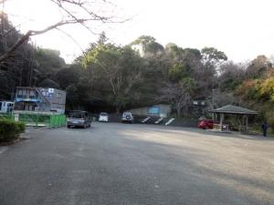 撫養城/駐車場