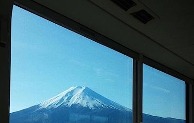 富士急行より見る富士山