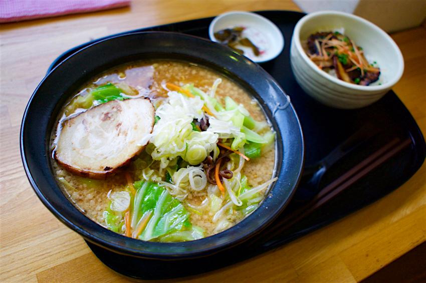 道の駅もてぎ 十石屋@茂木町茂木 2 味噌ラーメン、ミニ丼セット