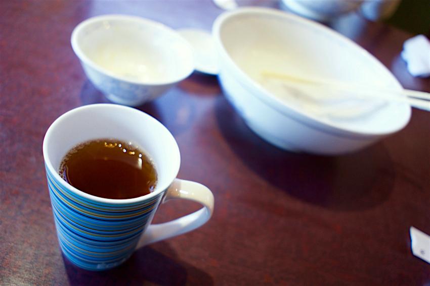 翠香楼@さくら市馬場 サービスの烏龍茶