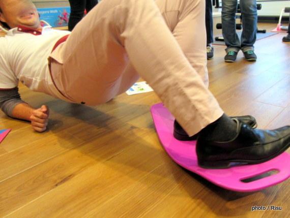 シンプリー フィット ボード トレーニング方法2
