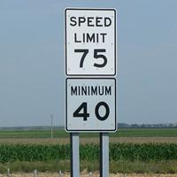 最低速度規制