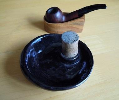 パイプ灰皿