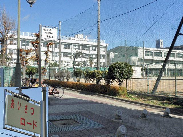 庄内小学校あいさつロードマチカネくん1701 (1)