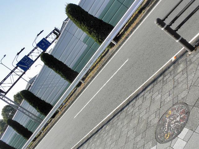 境目のマチカネくんマンホール1701 (1)