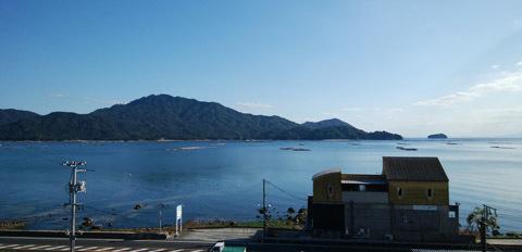 大野浦 向かいは宮島