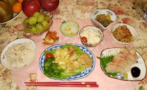 晩御飯 刺身・鶏・蓮根・薩摩芋
