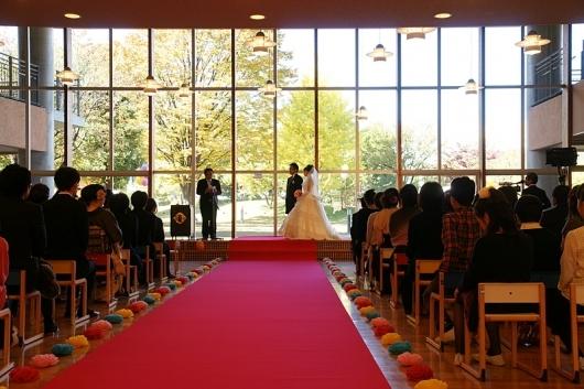小学校での結婚式1