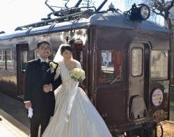 電車内での結婚式