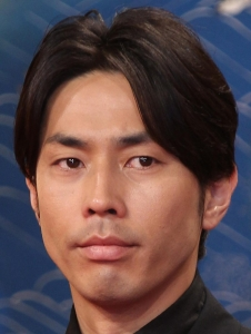 アパホテルに行きたがる袴田吉彦、不倫報道受け妻の河中あいと別居発表