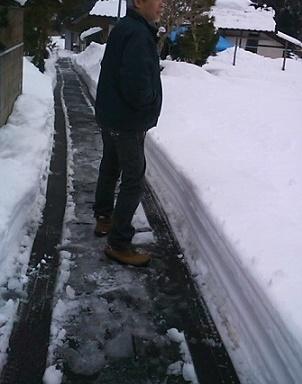 見事な除雪の腕前